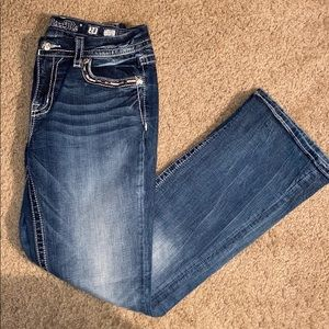 Miss Me Mid rise Easy boot cut jeans